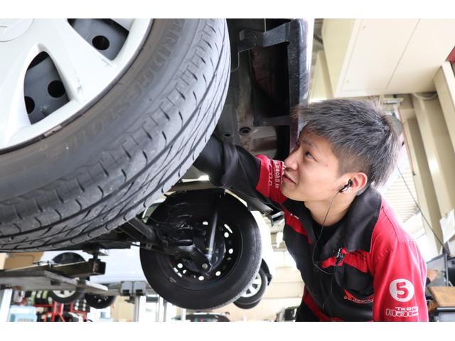 J 純正オーディオ CD ETC  キーレス   電動格納式ミラー シートリフター サイドバイザー フロアマット 純正ホイルキャップ  ベンチシート Wエアバッグ ABS 軽自動車(33枚目)