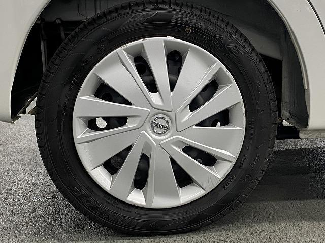 X 純正オーディオ CD キーレス オートエアコン 電動格納式ミラー サイドバイザー フロアマット 純正ホイルキャップ  ベンチシート アイドリングストップ Wエアバッグ ABS 軽自動車(11枚目)
