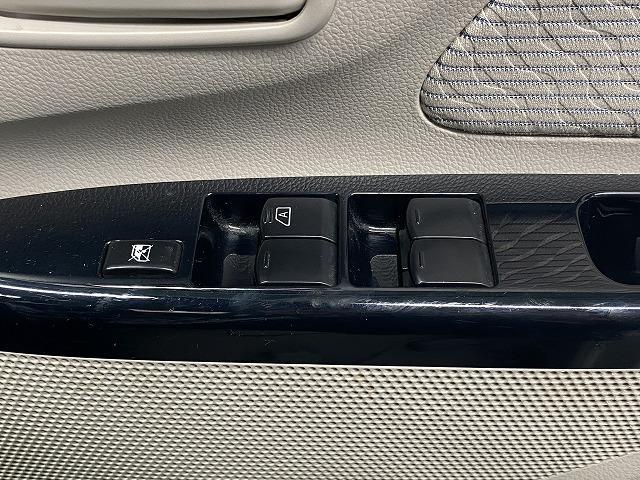 X 純正オーディオ CD キーレス オートエアコン 電動格納式ミラー サイドバイザー フロアマット 純正ホイルキャップ  ベンチシート アイドリングストップ Wエアバッグ ABS 軽自動車(38枚目)