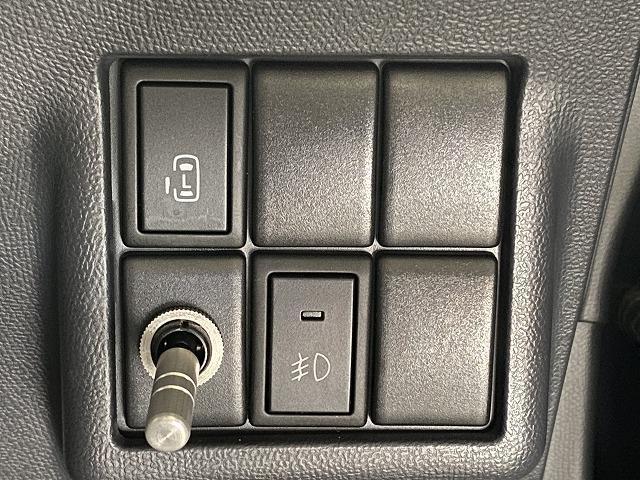 XS 社外ナビ ETC 片側電動スライドドア 純正アルミホイール スマートキー プッシュスタート フォグランプ オートエアコン  電動格納式ミラー フロアマット ベンチシート Wエアバッグ ABS 軽自動車(22枚目)