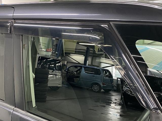 XS 社外ナビ ETC 片側電動スライドドア 純正アルミホイール スマートキー プッシュスタート フォグランプ オートエアコン  電動格納式ミラー フロアマット ベンチシート Wエアバッグ ABS 軽自動車(27枚目)