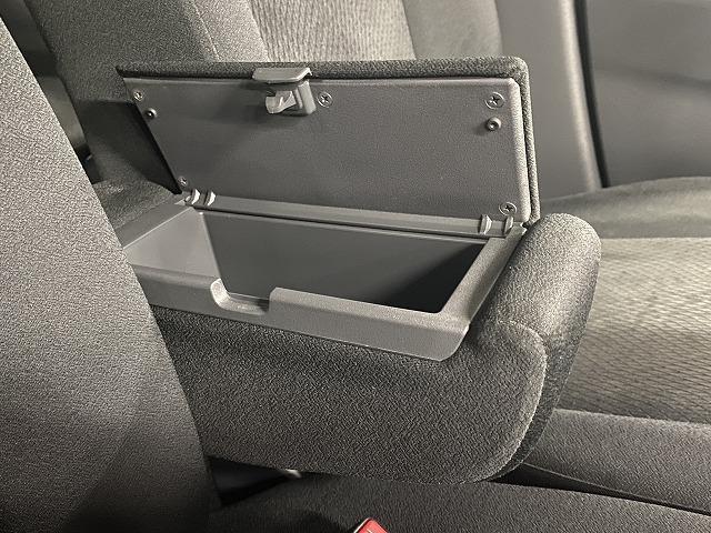 XS 社外ナビ ETC 片側電動スライドドア 純正アルミホイール スマートキー プッシュスタート フォグランプ オートエアコン  電動格納式ミラー フロアマット ベンチシート Wエアバッグ ABS 軽自動車(31枚目)