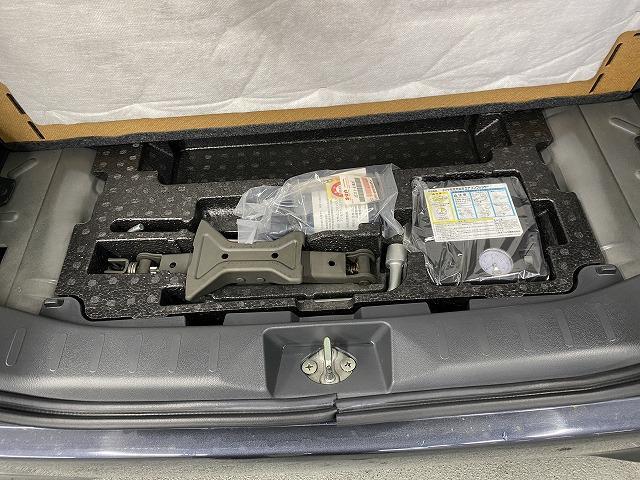 XS 社外ナビ ETC 片側電動スライドドア 純正アルミホイール スマートキー プッシュスタート フォグランプ オートエアコン  電動格納式ミラー フロアマット ベンチシート Wエアバッグ ABS 軽自動車(35枚目)