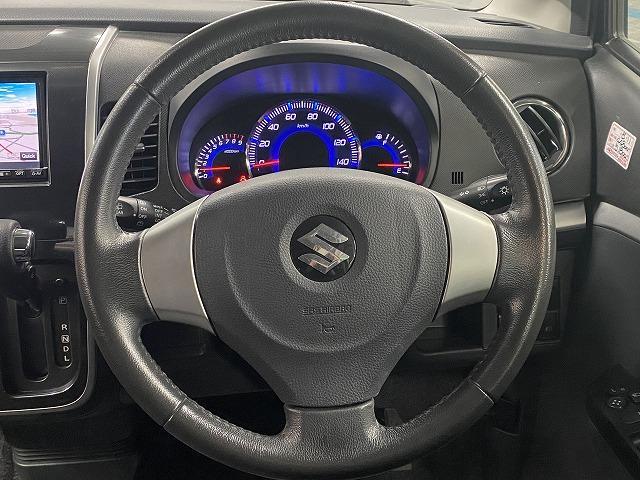 純正アルミホイール スマートキー プッシュスタート  フォグランプ オートエアコン 電動格納式ミラー サイドバイザー フロアマット ベンチシート  Wエアバッグ ABS 軽自動車 社外ナビ(15枚目)
