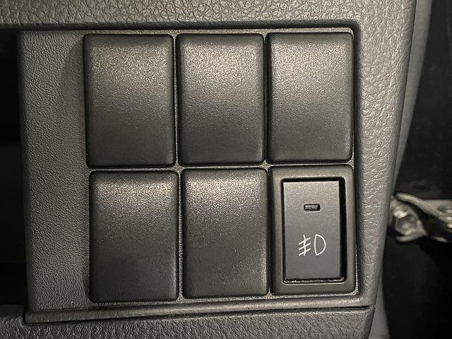 純正アルミホイール スマートキー プッシュスタート  フォグランプ オートエアコン 電動格納式ミラー サイドバイザー フロアマット ベンチシート  Wエアバッグ ABS 軽自動車 社外ナビ(23枚目)