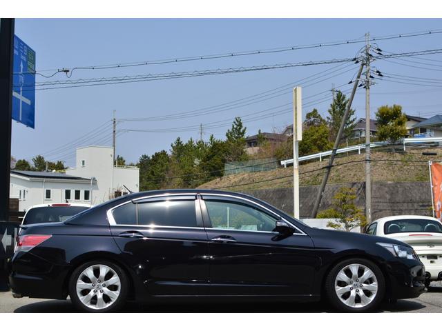 35iL 上級グレード 黒革 HDDナビ 地デジ Bカメラ(4枚目)