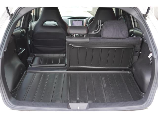 2.0i-S リミテッド 特別仕様車/4WD/HDDナビ/フルセグ/バックカメラ/パドルシフト/純正エアロ/HIDライト/純正アルミホイール/ETC/ハーフレザーシート/パワーシート(16枚目)