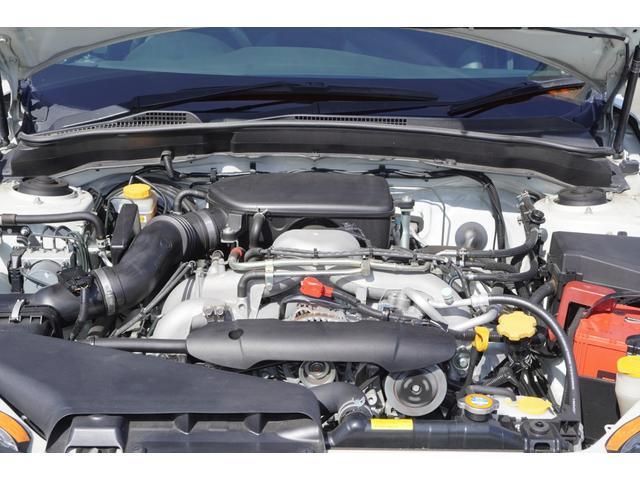 2.0i-S リミテッド 特別仕様車/4WD/HDDナビ/フルセグ/バックカメラ/パドルシフト/純正エアロ/HIDライト/純正アルミホイール/ETC/ハーフレザーシート/パワーシート(18枚目)