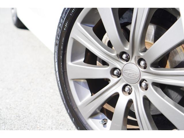 2.0i-S リミテッド 特別仕様車/4WD/HDDナビ/フルセグ/バックカメラ/パドルシフト/純正エアロ/HIDライト/純正アルミホイール/ETC/ハーフレザーシート/パワーシート(19枚目)