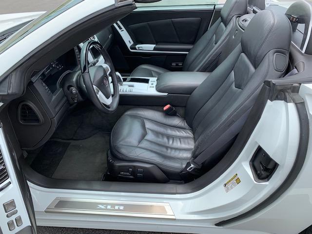 「キャデラック」「キャデラック XLR」「オープンカー」「滋賀県」の中古車18