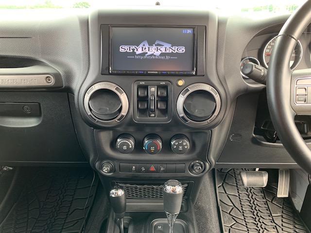 「その他」「クライスラージープ ラングラーアンリミテッド」「SUV・クロカン」「滋賀県」の中古車26