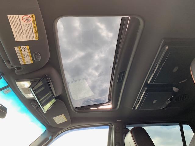 「リンカーン」「リンカーン ナビゲーター」「SUV・クロカン」「滋賀県」の中古車23