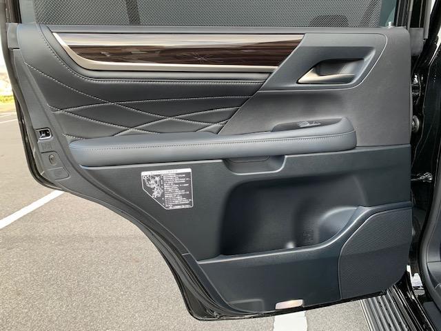 「レクサス」「LX」「SUV・クロカン」「滋賀県」の中古車35