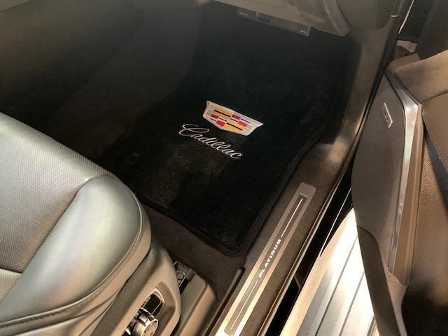 「キャデラック」「キャデラックエスカレード」「SUV・クロカン」「滋賀県」の中古車42