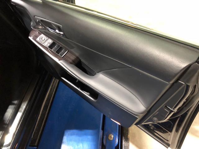 「レクサス」「IS」「セダン」「大阪府」の中古車10