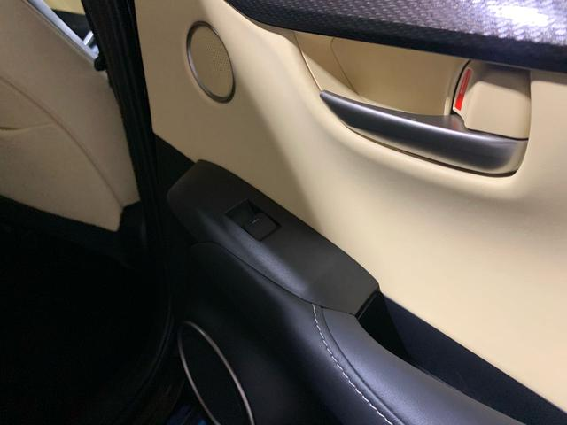 「レクサス」「NX」「SUV・クロカン」「大阪府」の中古車35