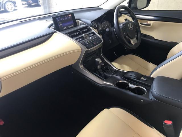 「レクサス」「NX」「SUV・クロカン」「大阪府」の中古車55