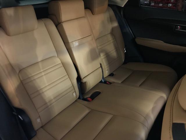 「レクサス」「NX」「SUV・クロカン」「大阪府」の中古車29
