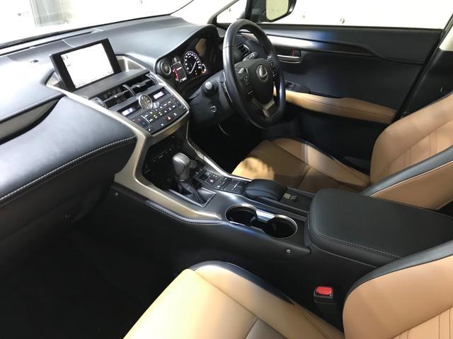 「レクサス」「NX」「SUV・クロカン」「大阪府」の中古車45