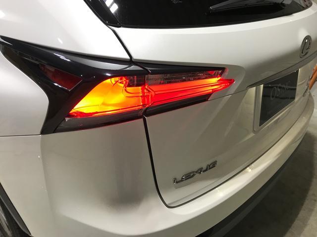 「レクサス」「NX」「SUV・クロカン」「大阪府」の中古車52