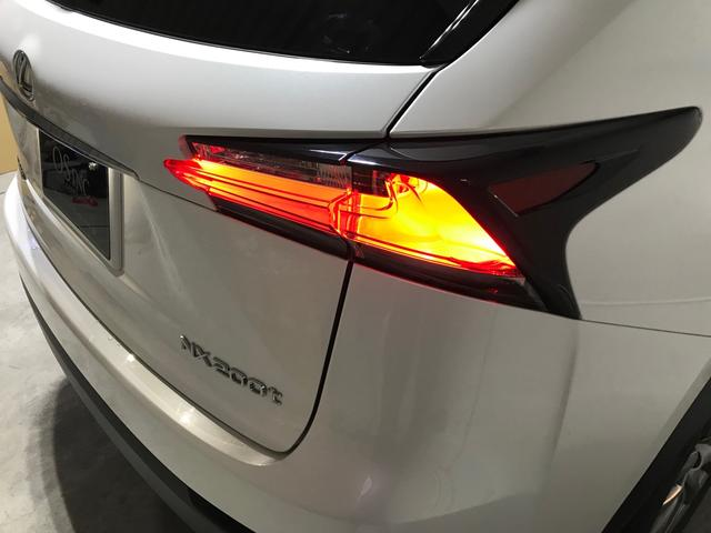 「レクサス」「NX」「SUV・クロカン」「大阪府」の中古車54