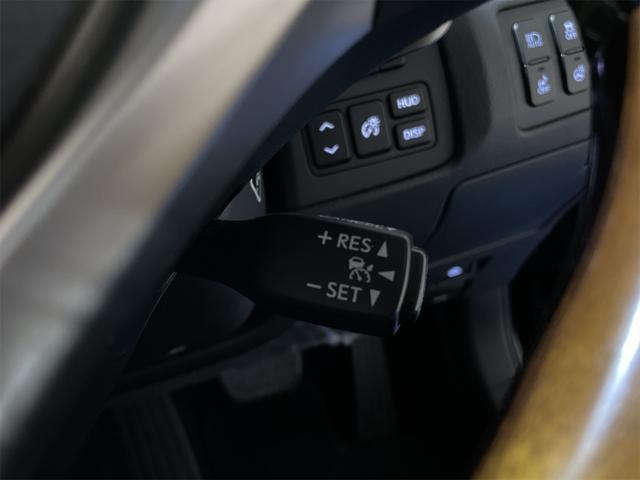 450h/Ipkg/現行Fスポーツ/スピンドグリル仕様/サンルーフ/LED/コーナーセンサー/BLKレザー/パワーシート/シートヒーター/シートエアコン/ハンドルヒーター/記録簿/純正ナビ/フルセグ/(17枚目)