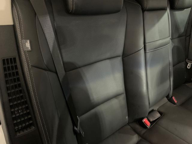 450h/VerL/現行Fスポーツスピンドグリル仕様/三眼LED/BLKレザー/パワーシート/シートヒーター/シートエアコン/ハンドルヒーター/ダブルエアコン/記録簿/純正ナビ/フルセグ(38枚目)