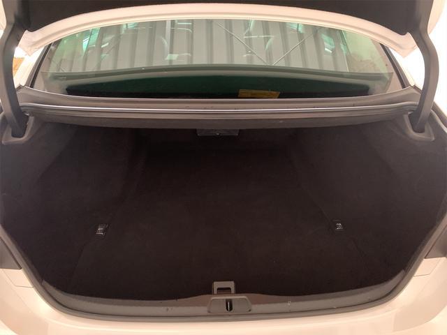 460/VerC/コーナーセンサー/BLKレザー/パワーシート/シートヒーター/シートエアコン/純正ナビ/フルセグ/バックカメラ/ハンドルヒーター/クルーズコントロール/電動格納ミラー/ETC(46枚目)