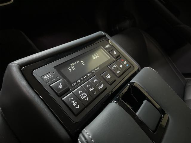 450h/VerL/三眼LED/コーナーセンサー/BLKレザー/ダブルエアコン/パワーシート/シートヒーター/シートエアコン/BSM/電動格納ミラー/アダプティブクルーズコントロール/ブルーレイ再生(52枚目)