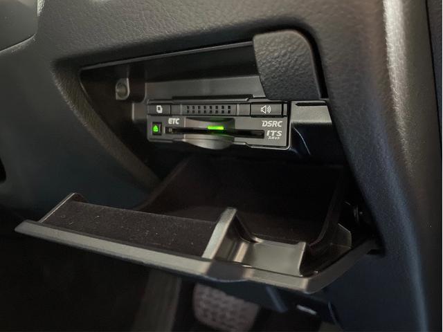 450h/VerL/三眼LED/コーナーセンサー/BLKレザー/ダブルエアコン/パワーシート/シートヒーター/シートエアコン/BSM/電動格納ミラー/アダプティブクルーズコントロール/ブルーレイ再生(66枚目)