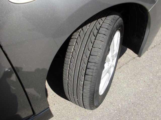 タイヤの状態も良好です。
