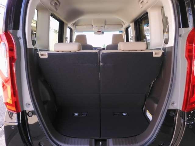 L・ターボ デモカー ナビ 衝突軽減ブレーキ ETC リアカメラ 両側電動スライドドア シートヒーター シートバックテーブル ロールサンシェイド サイド&カーテンエアバッグ 急速充電USB2個 パドルシフト(14枚目)