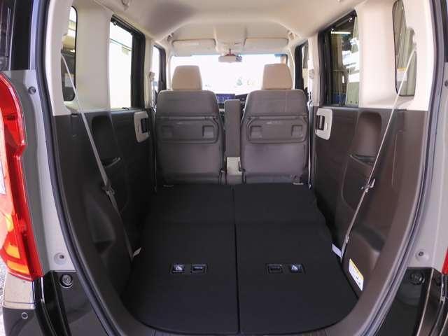 L・ターボ デモカー ナビ 衝突軽減ブレーキ ETC リアカメラ 両側電動スライドドア シートヒーター シートバックテーブル ロールサンシェイド サイド&カーテンエアバッグ 急速充電USB2個 パドルシフト(15枚目)