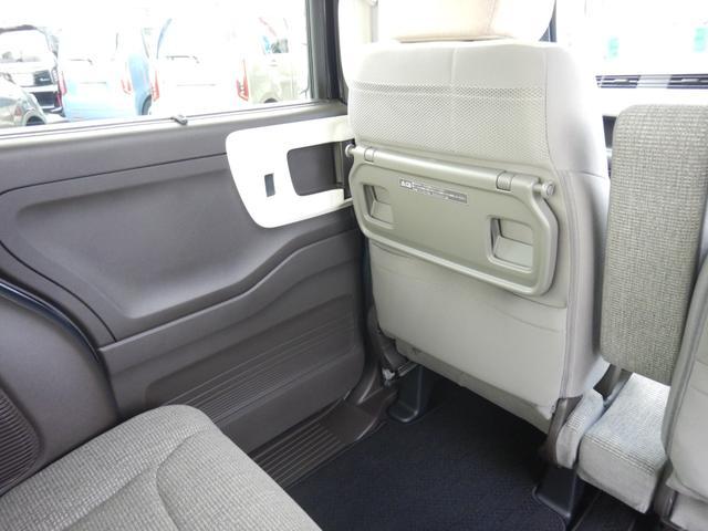 L・ターボ デモカー ナビ 衝突軽減ブレーキ ETC リアカメラ 両側電動スライドドア シートヒーター シートバックテーブル ロールサンシェイド サイド&カーテンエアバッグ 急速充電USB2個 パドルシフト(60枚目)