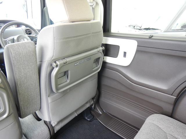L・ターボ デモカー ナビ 衝突軽減ブレーキ ETC リアカメラ 両側電動スライドドア シートヒーター シートバックテーブル ロールサンシェイド サイド&カーテンエアバッグ 急速充電USB2個 パドルシフト(64枚目)