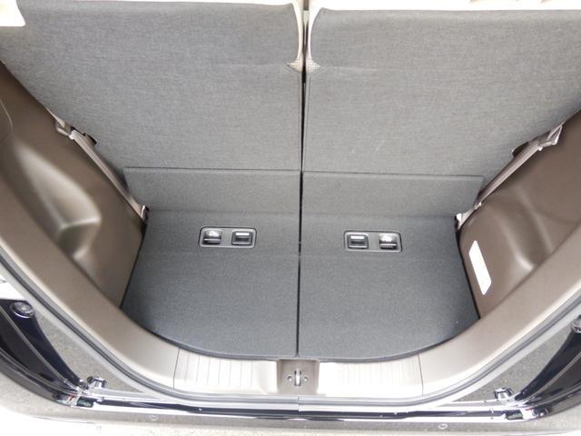L・ターボ デモカー ナビ 衝突軽減ブレーキ ETC リアカメラ 両側電動スライドドア シートヒーター シートバックテーブル ロールサンシェイド サイド&カーテンエアバッグ 急速充電USB2個 パドルシフト(69枚目)