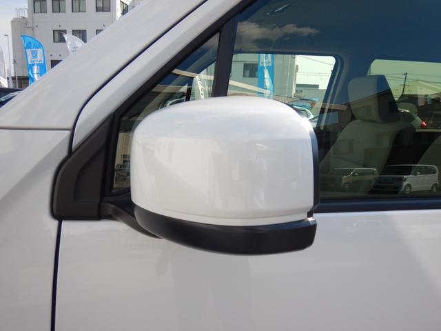 Lホンダセンシング 当社元試乗車 ナビ 衝突軽減ブレーキ リアカメラ ETC 運転席シートヒーター サイド&カーテンエアバッグ 急速充電USB2個 プラズマクラスター機能付オートエアコン ブルートゥース機能 CD録音機能(30枚目)