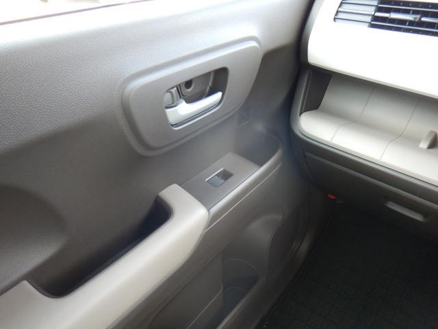 Lホンダセンシング 当社元試乗車 ナビ 衝突軽減ブレーキ リアカメラ ETC 運転席シートヒーター サイド&カーテンエアバッグ 急速充電USB2個 プラズマクラスター機能付オートエアコン ブルートゥース機能 CD録音機能(57枚目)