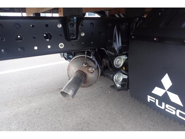 三菱ふそう キャンター 2t 標準10尺 平ボディ 5速MT 新型