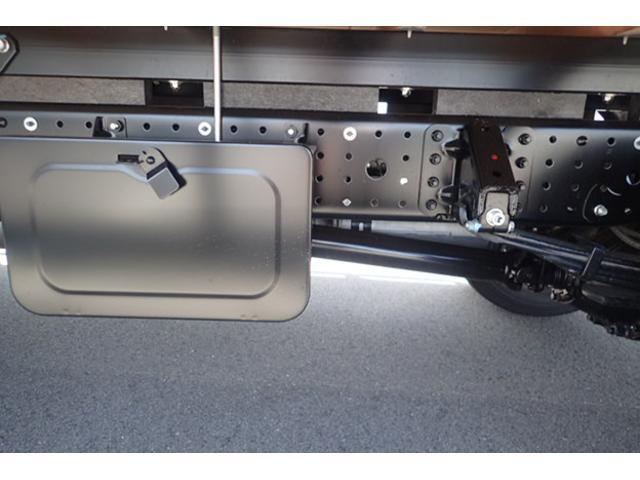 三菱ふそう キャンター 3t ワイドロング 平ボディ 5速MT