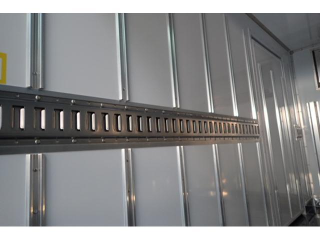 標準10尺冷蔵冷凍車MT車低温マイナス30度設定(15枚目)