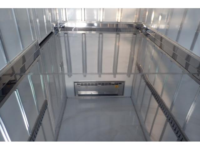 標準10尺冷蔵冷凍車MT車低温マイナス30度設定(16枚目)