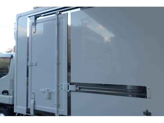 標準10尺冷蔵冷凍車MT車低温マイナス30度設定(18枚目)