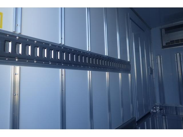 2t標準10尺冷蔵冷凍車 5速MT -30℃設定(16枚目)