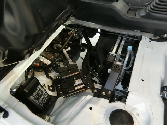 スタンダードSAIIIt 衝突被害軽減ブレーキ 横滑り防止装置 パートタイム4WD 5速MT車 純正オーディオ バイザー マット エアコン エアバック 手動式ウィンドウ LEDヘッドランプ サンバイザー マニュアルレベリング(13枚目)