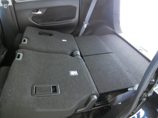 XリミテッドII SAIII 衝突被害軽減ブレーキ 横滑り防止装置 オートマチックハイビーム アイドリングストップ ステアリングスイッチ キーフリーシステム オートエアコン ベンチシート シートヒーター バックカメラ(28枚目)
