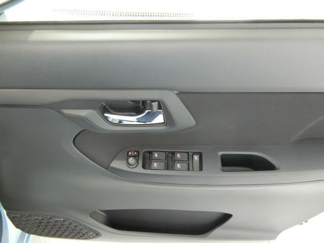 XリミテッドII SAIII 衝突被害軽減ブレーキ 横滑り防止装置 オートマチックハイビーム アイドリングストップ リヤコーナーセンサー バイザー マット バックカメラ 純正アルミホイール キーフリーシステム オートエアコン(11枚目)