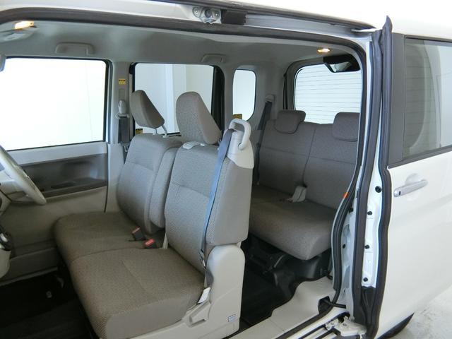 G SAII 衝突被害軽減ブレーキ 横滑り防止装置 アイドリングストップ 両側電動スライドドア キーフリーシステム オートエアコン ステアリングスイッチ オートライト ベンチシート ナビ バックカメラ マット(13枚目)