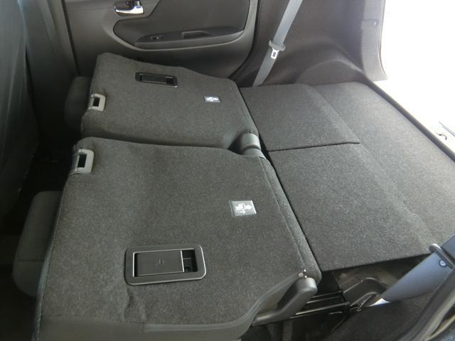 XリミテッドII SAIII 衝突被害軽減ブレーキ 横滑り防止装置 オートマチックハイビーム アイドリングストップ キーフリーシステム オートエアコン シートヒーター ベンチシート ステアリングスイッチ 革巻きハンドル(27枚目)