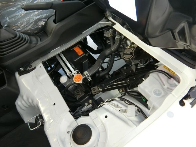スタンダードSAIIIt 衝突被害軽減ブレーキ 横滑り防止装置 純正オーディオ バイザー マット パートタイム4WD フロア5速MT車 オートライト LEDヘッドランプ エアコン 手動式ウィンドウ 吸殻入れ サンバイザー(13枚目)